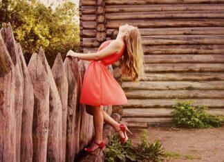 Sukienka sukience nierówna