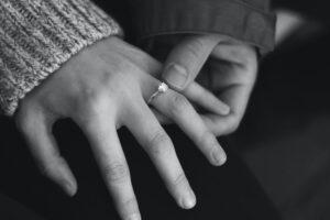 pierścionki,zaręczyny